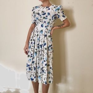 Vintage Floral Dress. Karin Stevens. Small sz 4/6